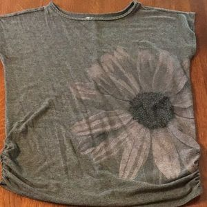 Maurices Rouched Sides Flower T-shirt Size Medium